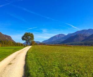 Drau Radweg Blick auf dei Karawanken
