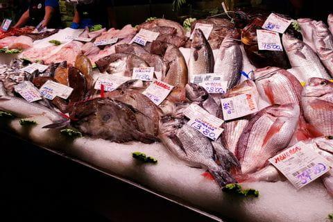 Fresh fish in the Mercat de l'Olivar