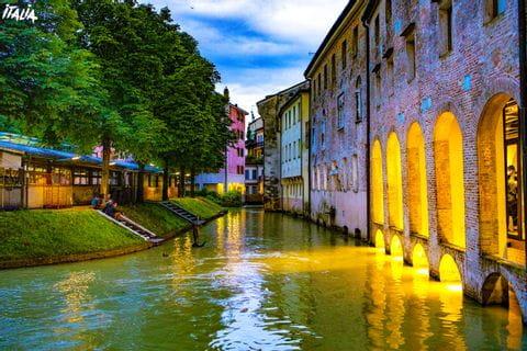 Treviso bei Nacht