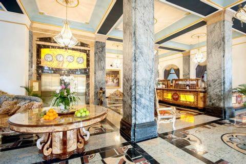 Lobby in Häckers Grand Hotel