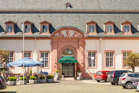 Eingang Schlosshotel Weilburg