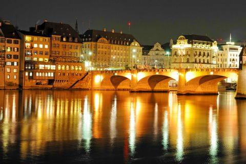 Basel mit Blick auf den Kai