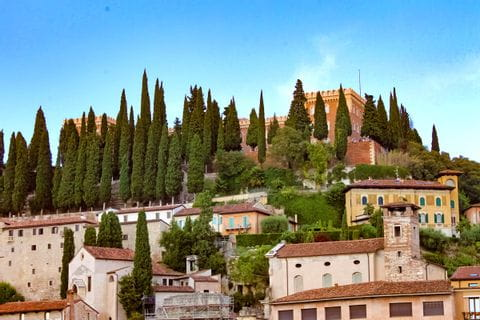 Blick auf das Castel san Pietro in Verona