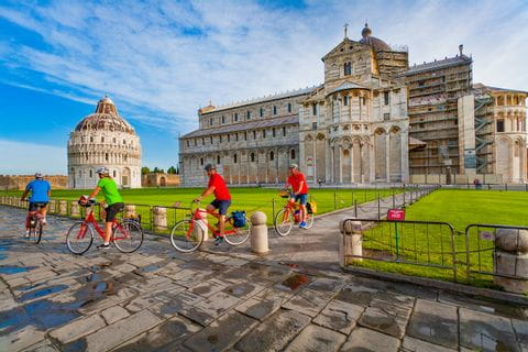 Cathedral of Pisa with cyclists