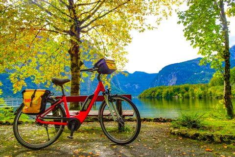 Fahrrad am Hallstättersee