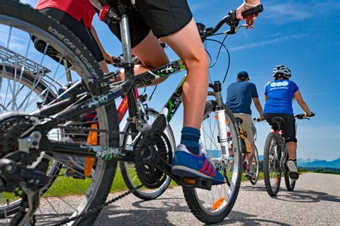 Radfahrer am Inn-Radweg