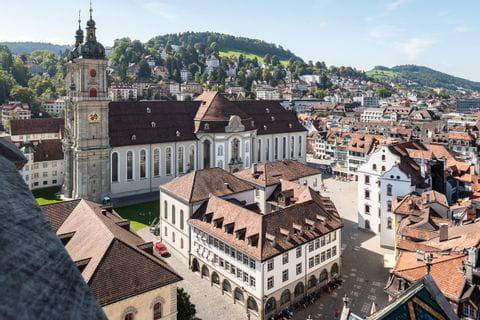 Ausblick auf den Dom und den Stiftsbezirk