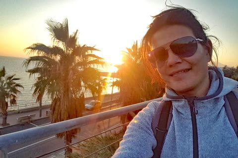 Claudia Selfie am Strand