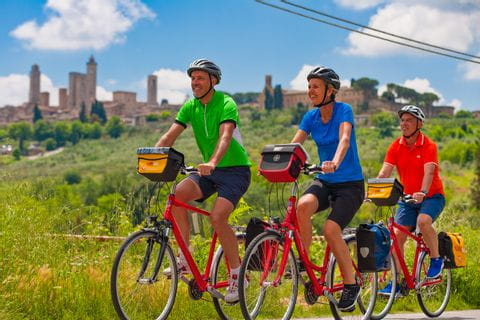 Group of cyclists in Tuscany