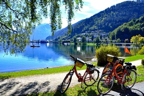 Pause am See am Tauern-Radweg