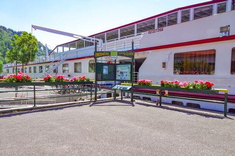 Hafen in Obermühl mit MS Normandie