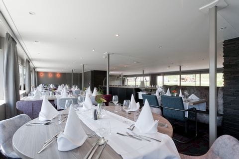 MS Arkona Restaurant