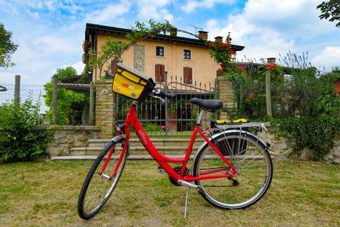 Eurobike bike and Italian architecture