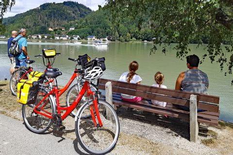 Radlerpause an der Donau