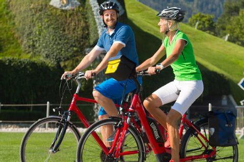 Trekkingrad und Elektrobike in Tirol