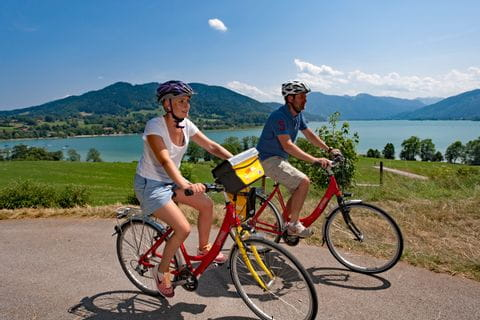 Cyclists at Lake Tegernsee
