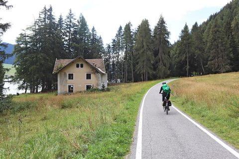 Radler am Etschradweg von Reschen nach Verona