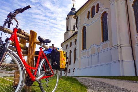 Rad vor der Wieskirche
