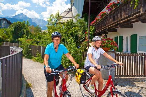 Bikers in Garmisch Partenkirchen