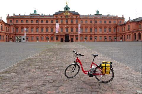 Eurobike Fahrrad vor dem Schloss Rastatt