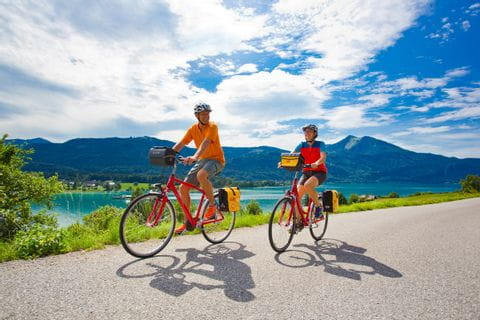 Cyclists at Lake Wolfgangsee