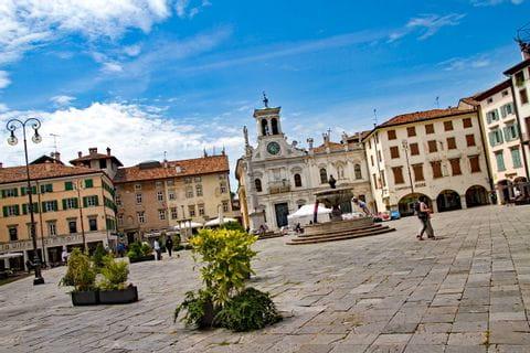 Brunnen im Zentrum von Udine