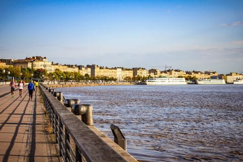 A glimpse of Bordeaux