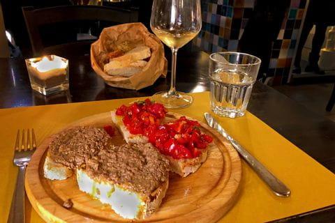 Tuscan Crostini