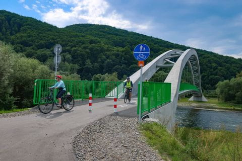 Dunajec Radweg mit Brücke
