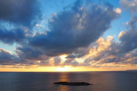 Sonnenuntergang über dem Meer bei Colònia de Sant Jordi