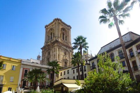 Turm der Kathedrale in Granada