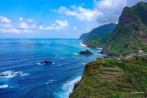 Eindrücke vom wilden Meer vor Madeira