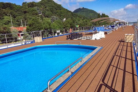 MS Carissima Sonnendeck Pool