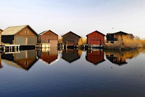 Schilfhütten am Neusiedlersee