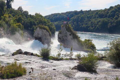 Blick auf den Rheinfallfelsen