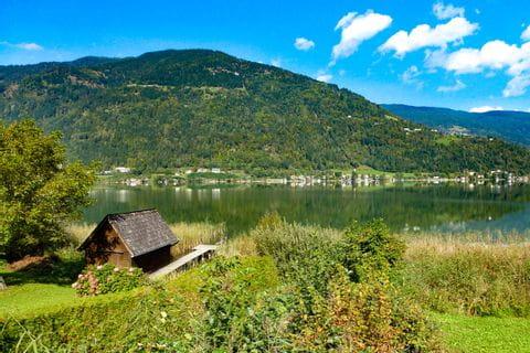 Hütte am Ossiacher See