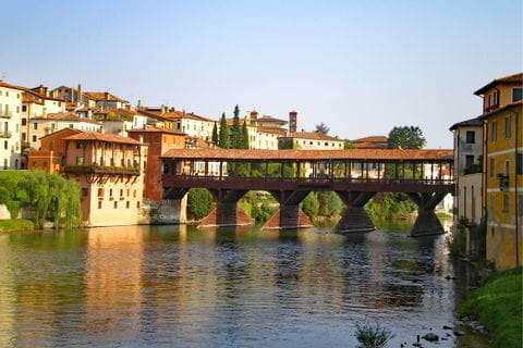 Blick auf die Ponte degli Alpini