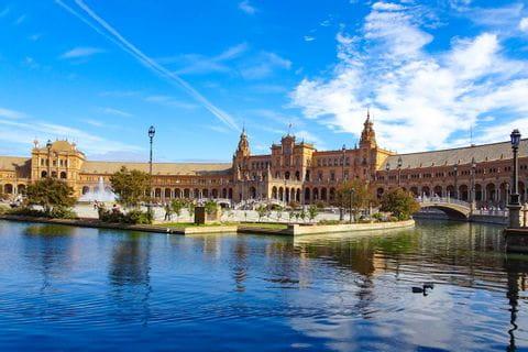 Sevilla Brunnen