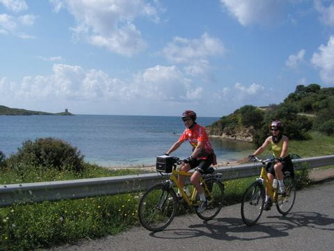 Cyclists at the coast