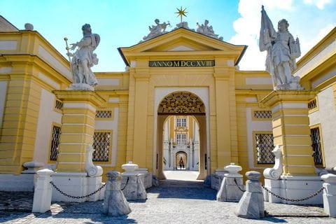 Schloss Stift Melk Eingang