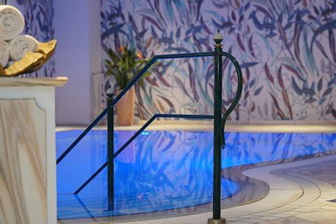 Pool in Hotel Vila Vita Rosengarten