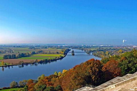 Donauverlauf bei Regensburg
