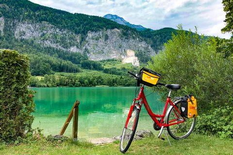 Bike at Lake Wolfgangsee