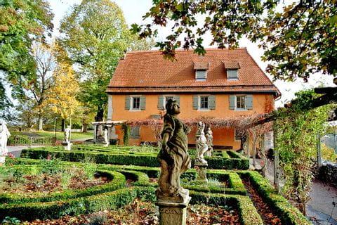Garden on estate in Rothenburg