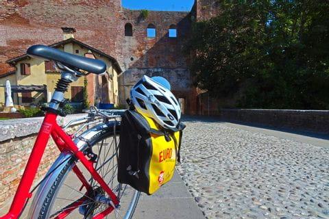Eurobike Radtasche mit Helm