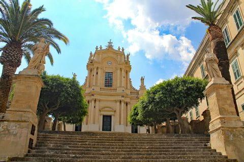 Blick auf die Chiesa San Giovanni Modica