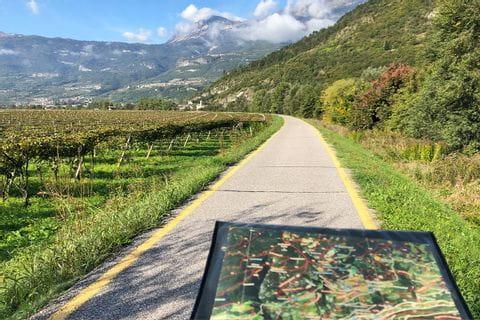 Radkarte am Radweg durch die Weingärten Südtirols