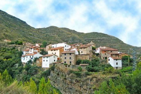 Bergdorf in der Region La Rioja