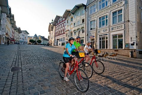 Cyclists in the centre of Bad Tölz