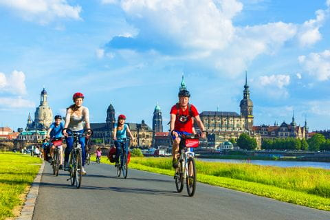 Elbe cycle path in Dresden